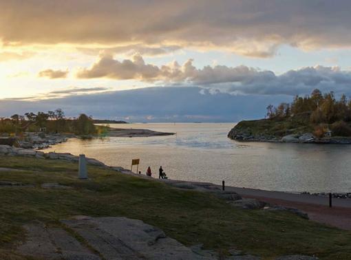 Harakan saaren edustalla Helsingissä. Kuva: Jouko Lehmuskallio